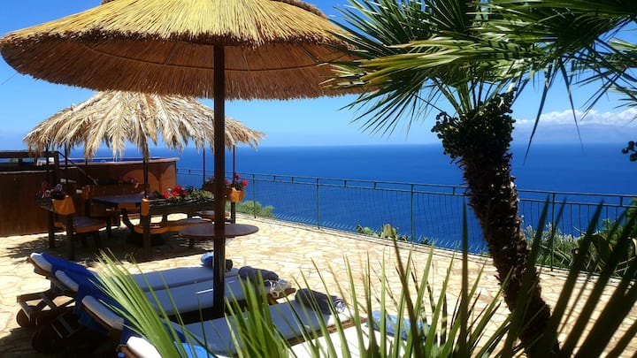 **SPECTACULAR SEA VIEW IN RESERVE* WIFI*POOL