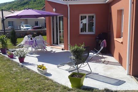 Maison neuve avec belle terrasse - Issoire