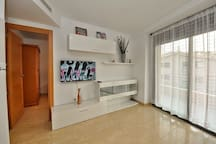 Family apartment, 300m from the beach, air conditioning, wi-fi, Apartment Marra Lloretholiday