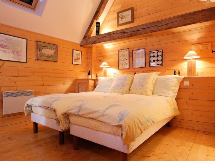 Twin room-Private Bathroom-Comfort-No view-La Loge de Vigne