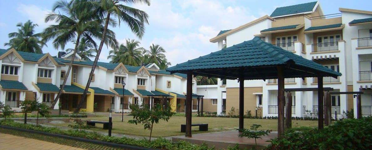 Relax at South Goan Beach paradise home - Бенаулим