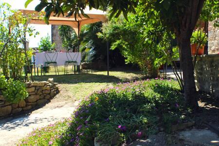 Family Home, 4 bed 3 bath gardens, - Castiglion Fiorentino - Haus