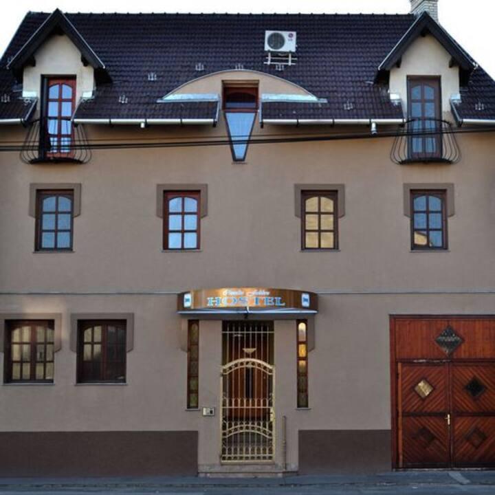 Claudia Fabbro Hostel Szeged