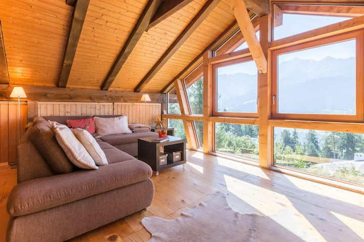 Fantastic 4BR apartment in the middle of the Ski Resort Flims Laax Falera (Salums)