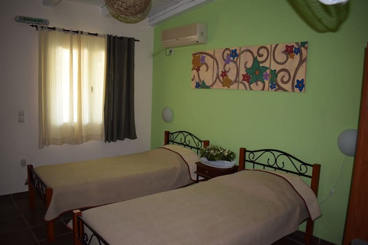 Studio garden view & bb (Room 9. Classic) - Porto Cheli - Bed & Breakfast