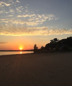 House on The Beach with Amazing View - Fort Erie - Casa