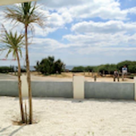 BORD DE MER  DANS VILLA  APPARTEMENT Jardin vue - Bretignolles-sur-Mer - Apartemen