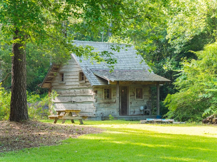 Private Tiny Home in the Woods!