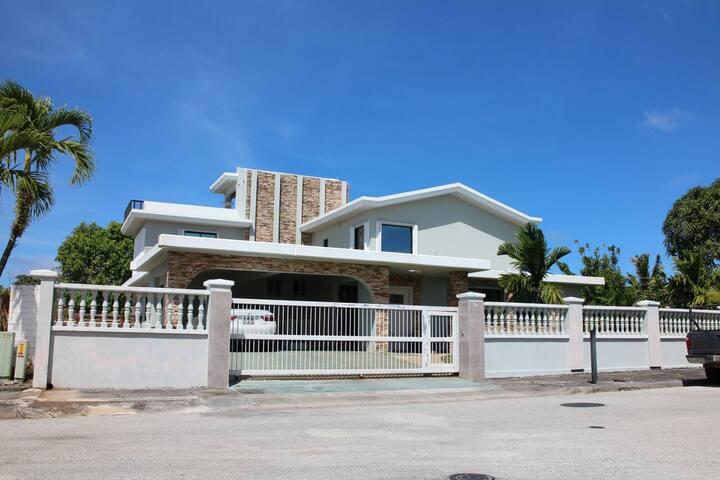 괌 최고 부유층동네 위치, Sunset GuestHouse Room103 (4~6인가족)