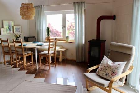 Moderne Wohnung auf Bauernhof im Odenwald