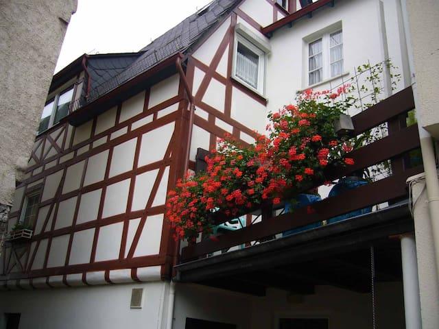 FeWo unterhalb der Marksburg #1 - Braubach - アパート