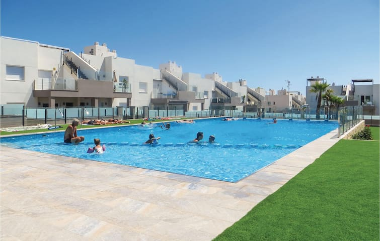 Holiday apartment with 2 bedrooms on 63m² in Torrevieja