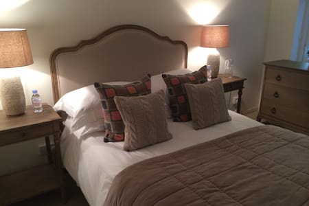 Cosy 1 bed cottage - Cardiff - Casa