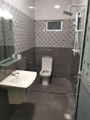 Niki private room Sri Lanka