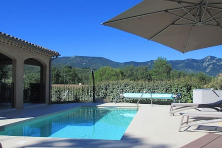 Beautiful, comfortable villa with private pool, 1 km from the picturesque Jaujac
