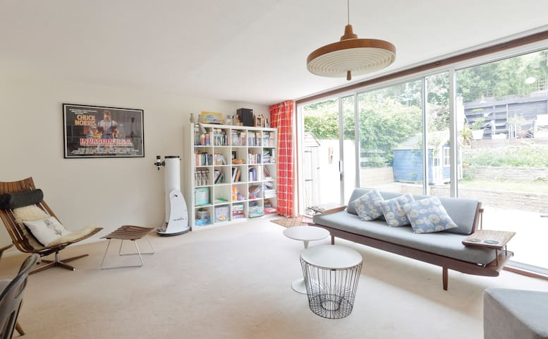Central Henley 4 bed (6-8), 2 bath - Henley-on-Thames - House