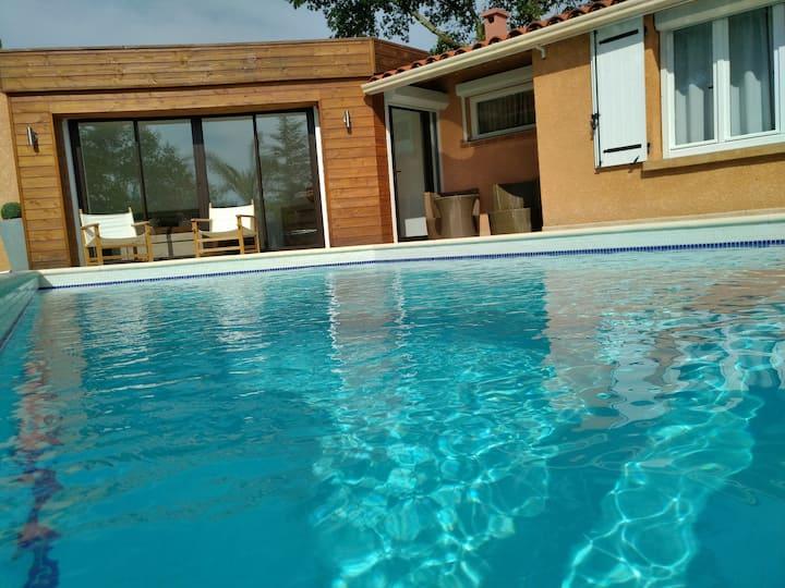 Villa au calme, piscine privée et chauffée