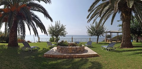 Corfu Villa Memos
