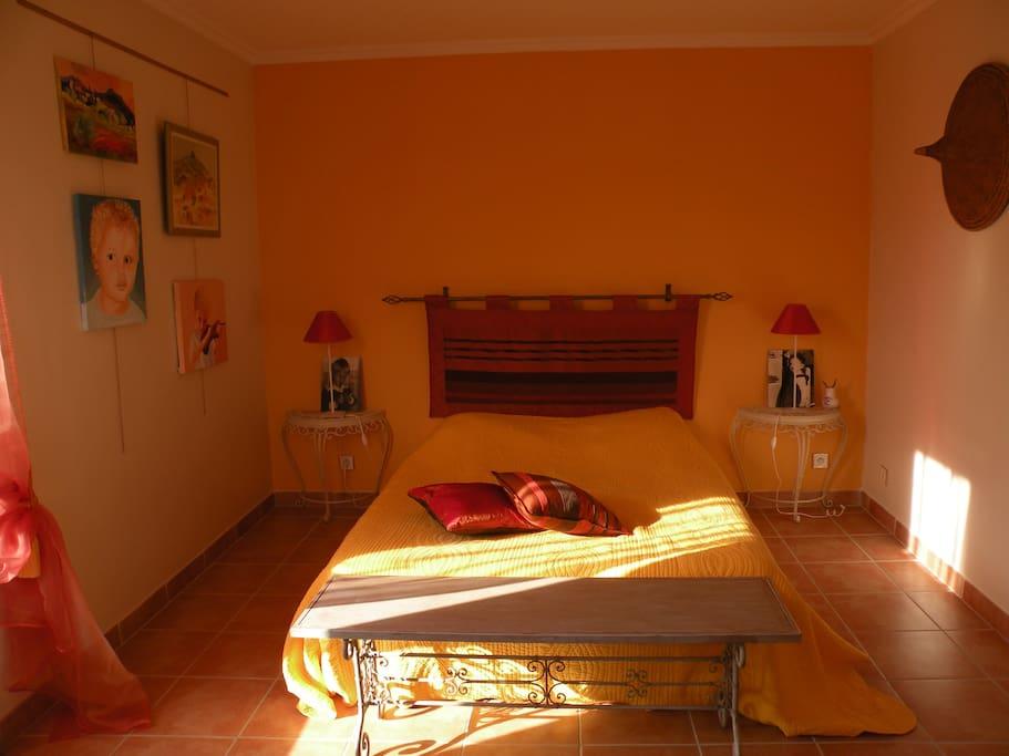 La tropezienne chambres d 39 h tes louer saint saturnin for Avignon chambre d hotes