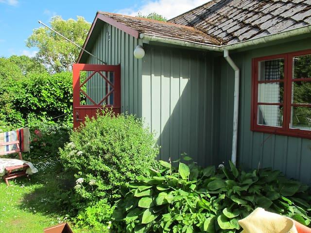 Stuga i Bästekille på Österlen - Kivik - Treehouse