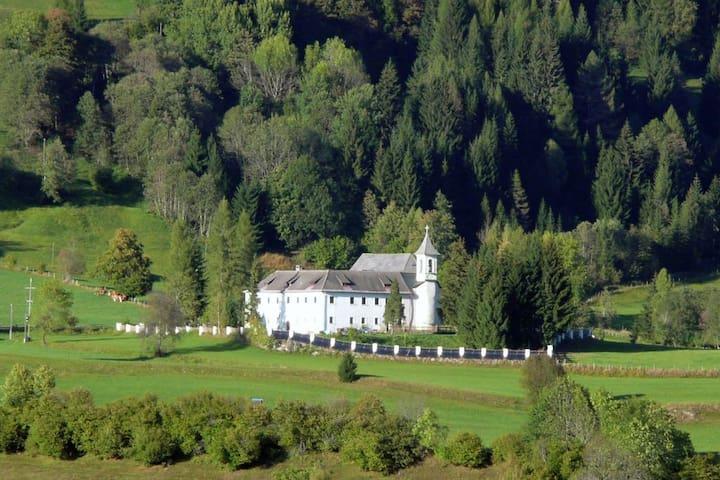Schloss Berg Klösterle XL - Gnesau - Talo