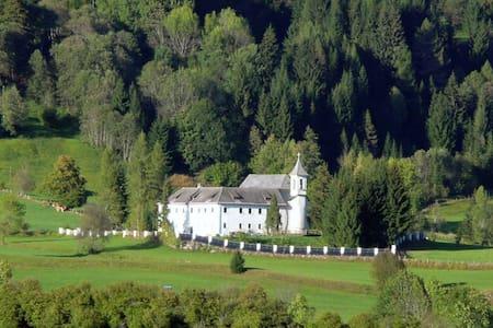 Schloss Berg Klösterle XL - Gnesau