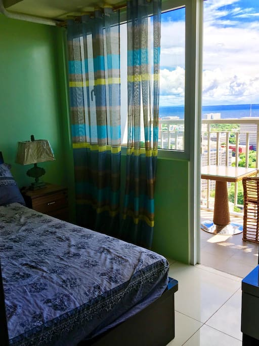 1 bedroom is available for 2-3 people to use with a balcony overlooking the ocean.