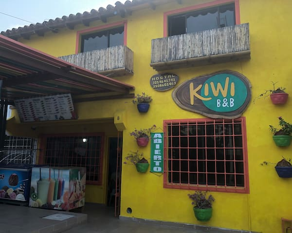 Kiwi Hostal familiar 3