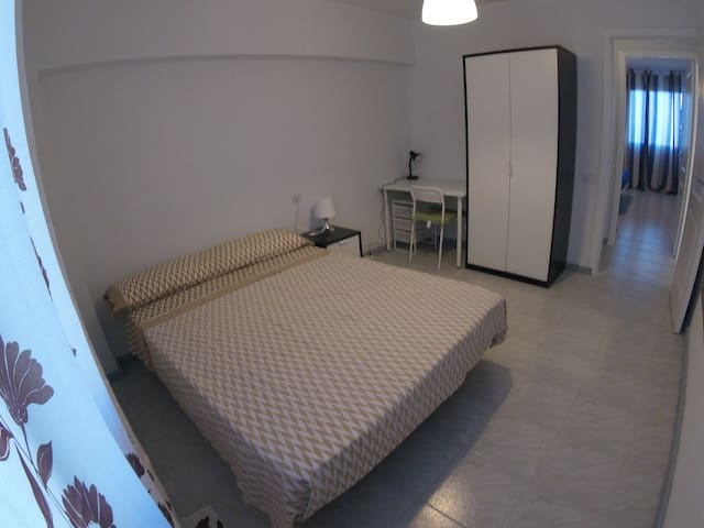 Big Flat, 2° room, next to Santa Cruz & La Laguna