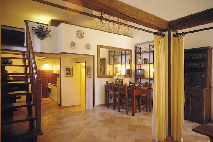 """La Casalta - Apartment """"Fiordaliso"""" - Lucignano - Leilighet"""