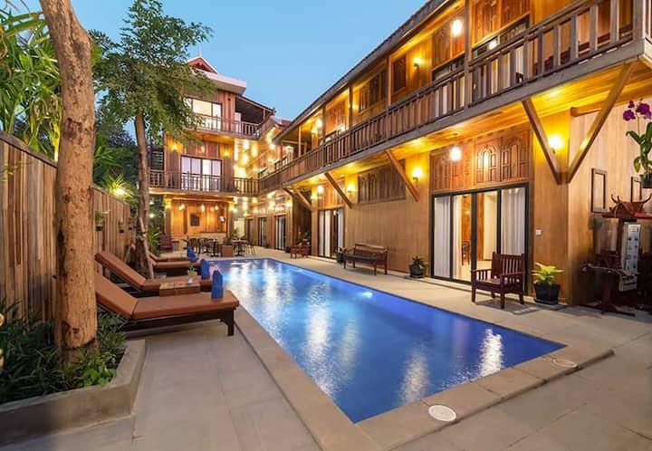 WFB10-ENTIRE Pool Villa-05min to Night Market