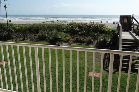 Boardwalk #103 DIRECT OCEANFRONT Condo! - Cocoa Beach