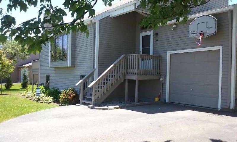 Updated Home in the Heart of Point Judith!