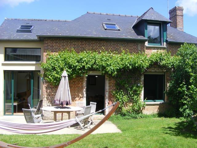Charmante maison de campagne - Thorigné-Fouillard - Casa