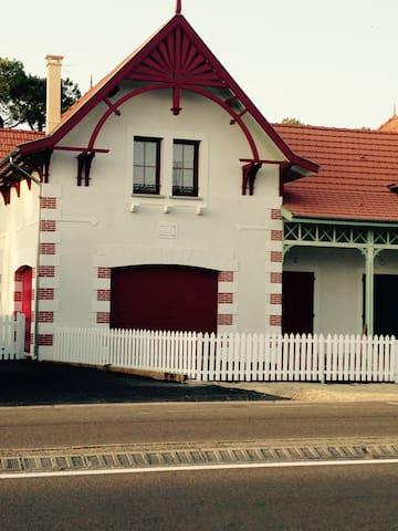 VILLA SIMONE ET VILLA HUGUETTE - Biscarrosse - Dům