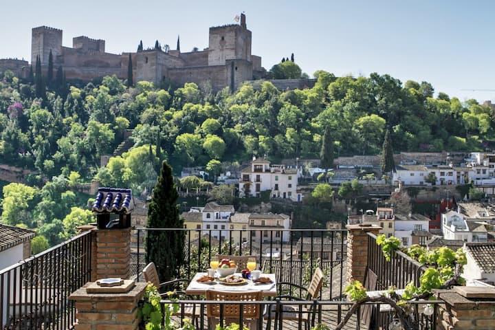 """CASA Albaicín vistas Alhambra """"PARKING GRATUITO """""""