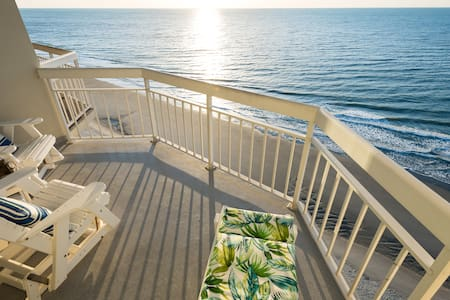 Water's Edge Resort Suite 1504 1BR/2BA Oceanfront