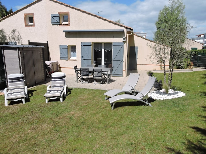 Maison dans résidence avec piscine
