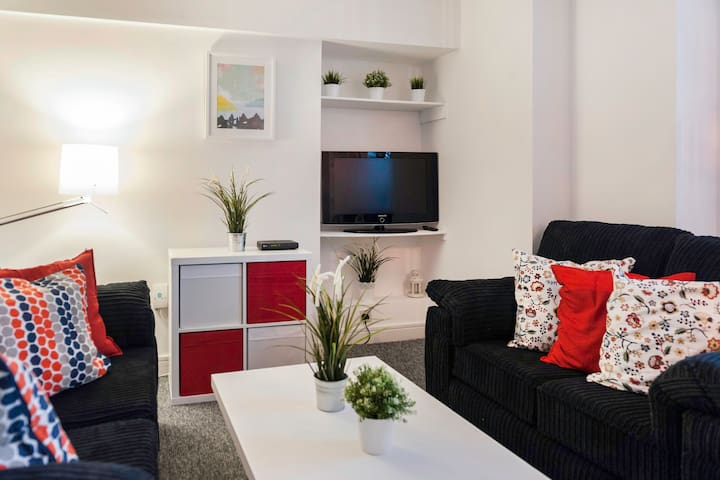 Wonderful 3 bed apt in Dublin's Georgian Quarter