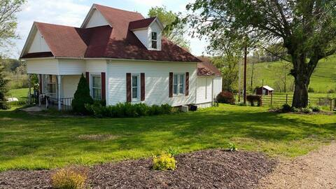A Relaxing Country Retreat at Hope Springs Farm