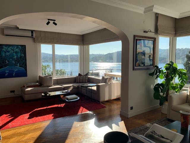 Bebek Loft with amazing panoramic bosporus view