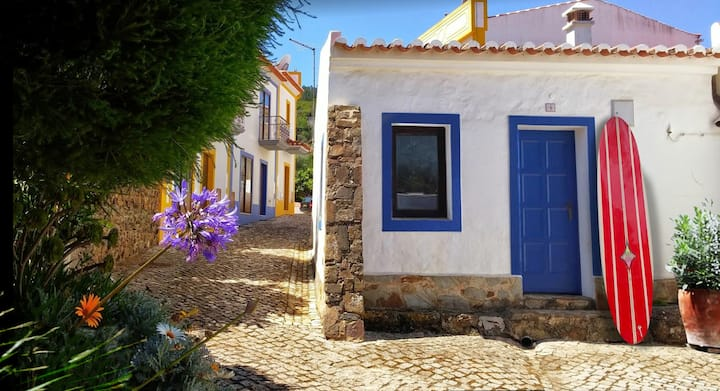 Cottage in South West Portugal, near Carrapateira