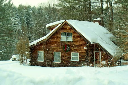 Stowe Log Cabin: Private, Hot Tub - Stowe - Chalet