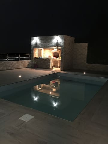 Belle villa d architecte  155m2 - Milhaud - Hus