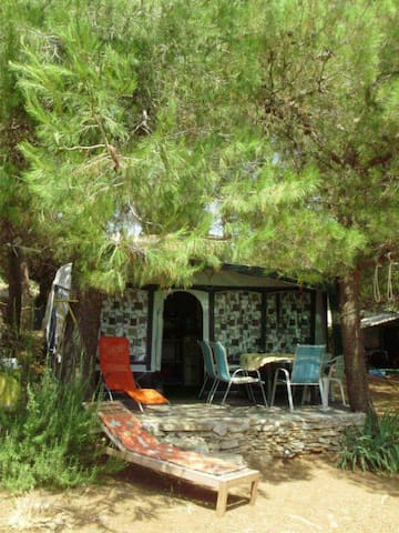 Beautiful cheap caravan in the camp Ublog-Vinko - Dobropoljana