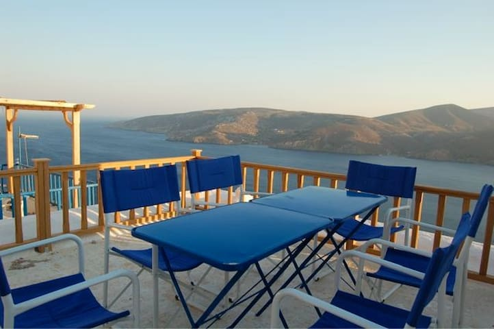 Typical greek village house - Astypalaia - Casa