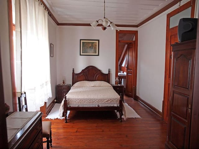 Casa de Hóspedes Mª da Graça - Luso - Pension