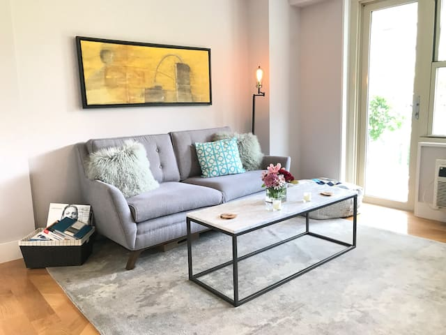 Spacious UWS 1BR + balcony by Central Park