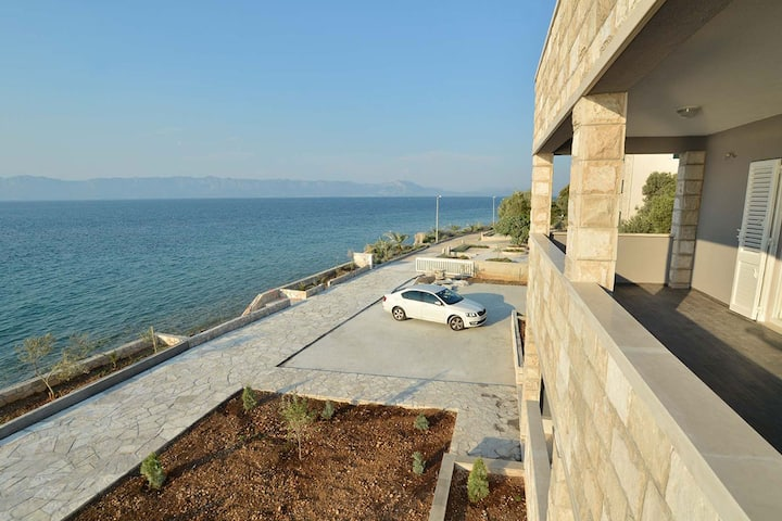 Dubas Two-Bedroom Apartment with Sea View