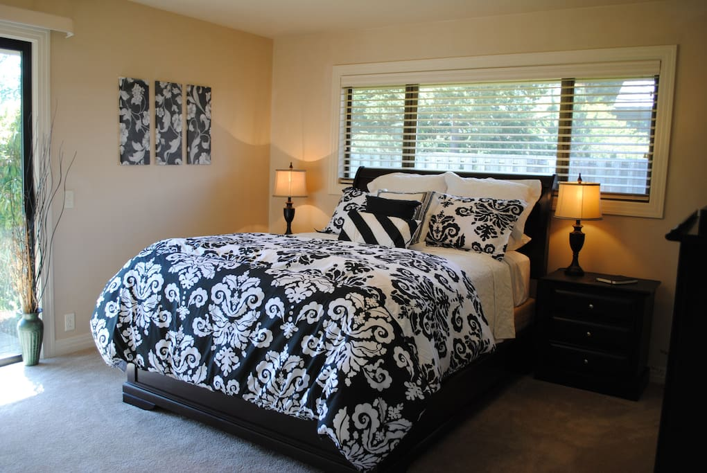 All bedrooms furnished with new Englander beds, down comforters, and luxurious sheets.